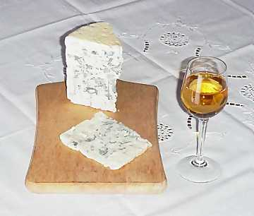 A classic matching: Sauternes and Roquefort