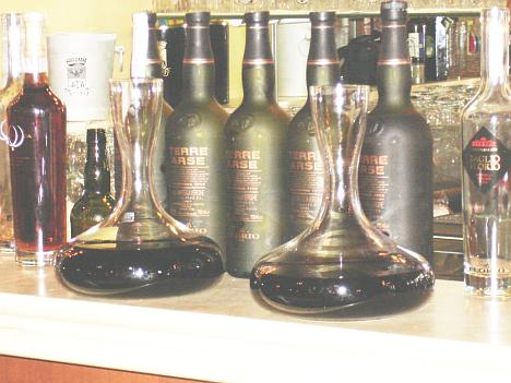 Two precious decanters: the unforgettable Marsala Superiore Riserva Ambra Garibaldi Dolce 1939