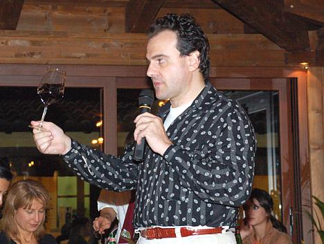 Antonello Biancalana during the tasting of Blumeri Rosso 2003