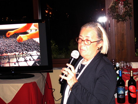 Donatella Cinelli Colombini during one of her speeches