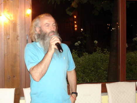 Giovanni Rodolfi during one of his speeches