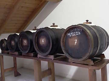 The set of barrels used for the production of traditional balsamic vinegar