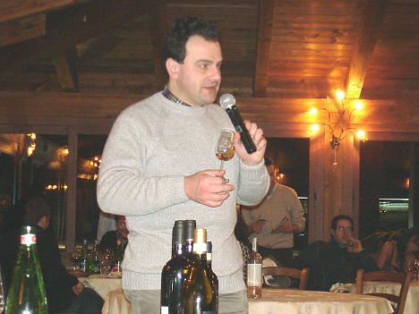 Antonello Biancalana during the tasting of Albana di Romagna Passito Casa Lola 2005