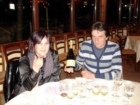 Donatella and Mario Gatta together with their Franciacorta Extra Brut Molenèr 2000